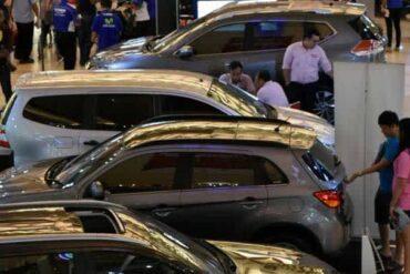 4 Tips Memilih Sales Mobil Bagi Pemula